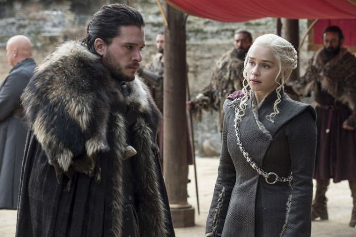 Jon and Daenerys in 'Game of Thrones' s07e07